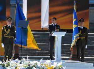 Президент України закликав українців бути єдиними не в гаслах, а в серці