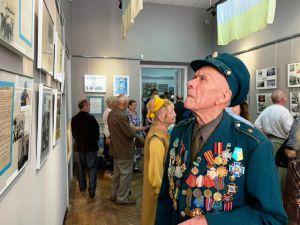 У Рівненському музеї відкрилася патріотична виставка