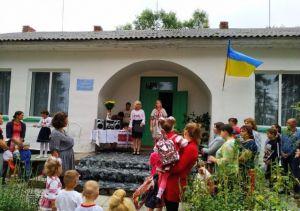 Cадочок у селі Яблунне запрошує маленьких господарів