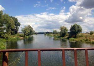 Село на Київщині потопає у фекаліях