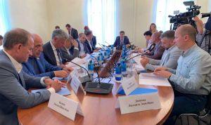 Обговорили проведення виїзного засідання на Донбасі
