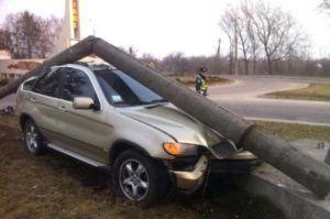 У Чернівецькій області енергетики просять водіїв...  не пити за кермом