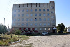 У Великописарівській ОТГ лікарня є, але пацієнтів не приймає