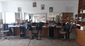 У Підволочиській громаді діє соціальна перукарня
