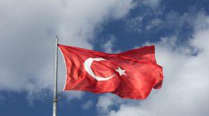 Діяти Туреччина  збирається самостійно