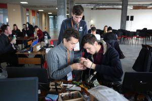 ІТ-спеціалісти Хмельницького створять зручні програми