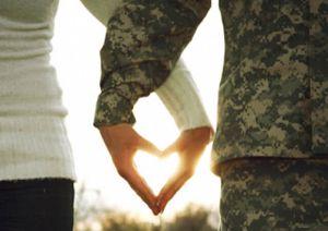 Об'єднали кохання, війна і спільні цінності