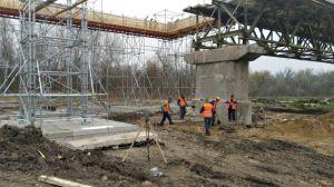 Міст через Сіверський Донець поступово «одужує»