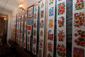 В Днепропетровской области отметили мастеров Петриковской росписи