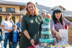 В Луцке зоопарк поздравляют с юбилеем коллеги, спонсоры и посетители