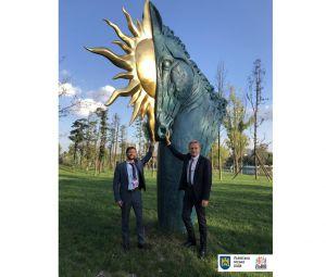 Роботи львівського скульптора встановили в Китаї