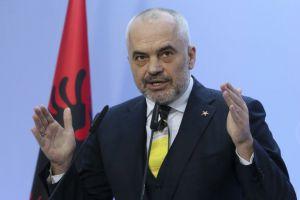 Прем'єр Албанії подасть в суд на екс-прем'єра Косово