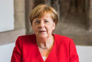 Під канцлером Меркель захиталося крісло