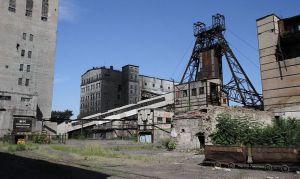 Донбасс: где сыр,  где масло?