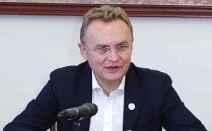 Львівську обласну лікарню віртуально переселяють до села
