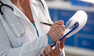 Українським лікарям буде легше працевлаштуватися в Польщі