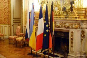"""Man nannte Positionen, die Volodymyr Zelenskyy beim Gipfeltreffen der Staats-und Regierungschefs des """"Normandie-Formats"""" verteidigen wird"""