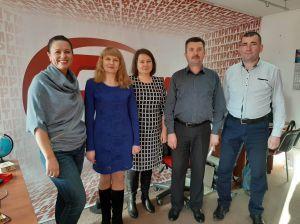Жителі Рівненщини слухають радіоуроки Управління Держпраці