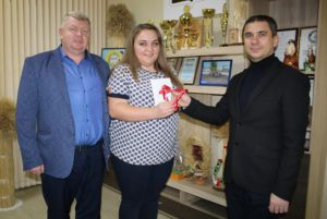 Молодий фахівець — лікарка Надія Гончаренко отримала квартиру
