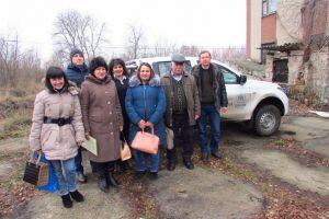 Соцслужбам Станично-Луганського району допомогли доїхати до віддалених сіл