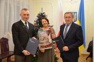 Посольство України підтримає ініціативу «Свята без тата»
