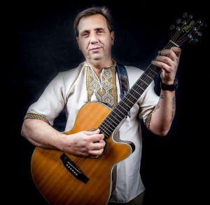 Португалець зворушує до сліз піснею про полеглих на Донбасі