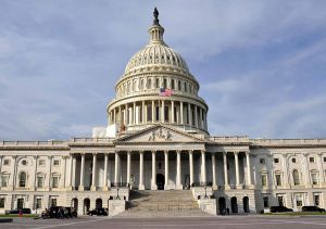 У Сенаті почалися дебати в справі про імпічмент президента