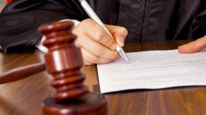 Кіровоградського депутата судитимуть за підозрою у вимаганні хабара
