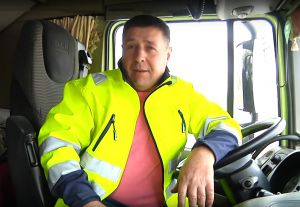 Житомирщина. Нагородили водія, який проїхав понад два млн км