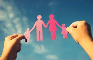 У Кремінському районі створена ще одна прийомна родина — четверта за рахунком