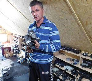 Житель Острожца собрал в частной коллекции  более полутысячи фотоаппаратов