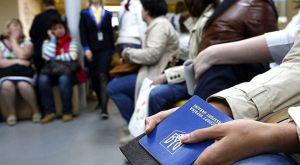 Багатодітні сім'ї виїздять з України