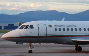 Стадіони й спортивні зали замість літака для прем'єр-міністра Болгарії