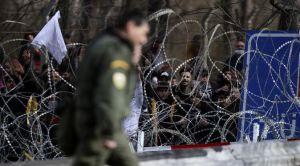 Біженці між двома арміями