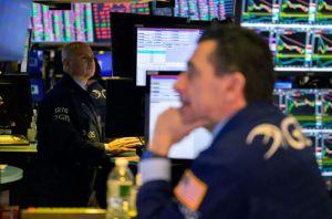 Нафтова криза спричинила обвал на фондових ринках