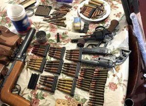 У Кіровоградській області вилучили черговий арсенал зброї