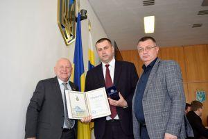 Грамотою Верховної Ради України нагороджено голову Бугринської ОТГ