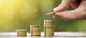 Яка пенсія у колишнього держслужбовця?