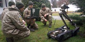 Во Львове военные инженеры осваивают современные роботизированные комплексы