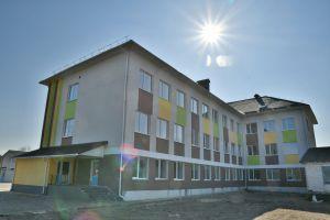 Двісті озерецьких дітей навчатимуться у комфортній школі