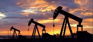 Нафту більше ніде зберігати?