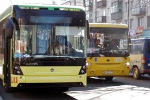У Хмельницькому з новими автобусами доведеться зачекати