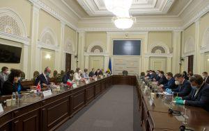 «Для нас важливо та принципово продовжувати розпочаті реформи», – Дмитро Разумков