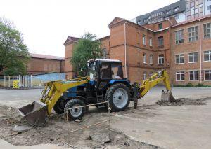 У Хмельницькому продовжують будувати