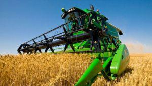 Трактори і комбайни аграрії купують тепер нечасто