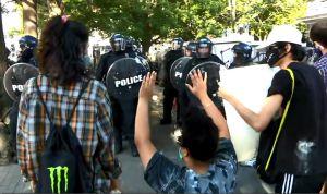 Протесты в США продолжаются. Трамп обещает жесткие меры