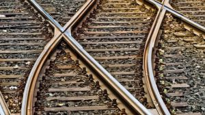 Возобновлено движение пассажирских поездов