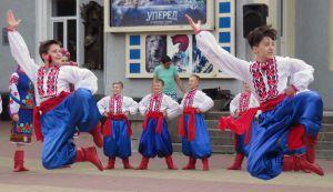Хмельницкий: Концерты на улице продолжаются