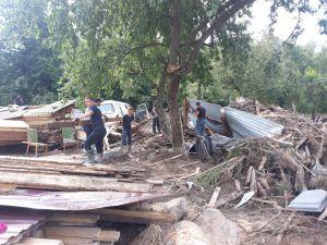 Підтоплені будинки, зруйновані шляхи, обірвані дроти...