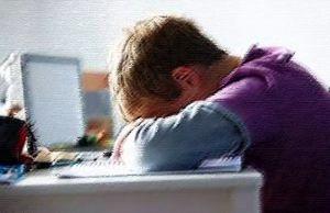 Перспектива подальшого дистанційного навчання лякає батьків, вводить у депресію дітей